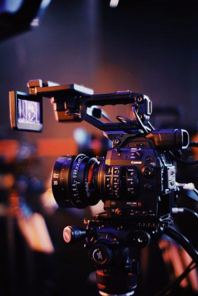 Réalisateur audiovisuel Caméraman Cadreur Montage vidéo Freelance Paris